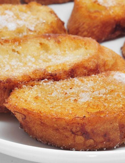 Menú típico de Semana Santa: tortilla de bacalao y torrijas