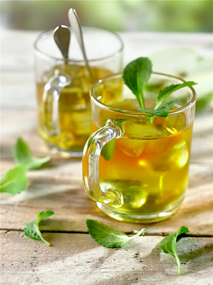 2 alternativas sanas y refrescantes a los refrescos y cócteles